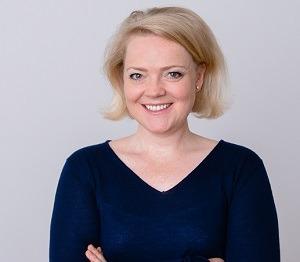 Ragnhild Struss, BWL in die Medien