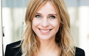 Tanja Mairhofer high potential, Dachschaden, Beruf nicht ernst nehmen, Leichtigkeit im Beruf, Spaß haben am Beruf, Arbeiten mit Freude
