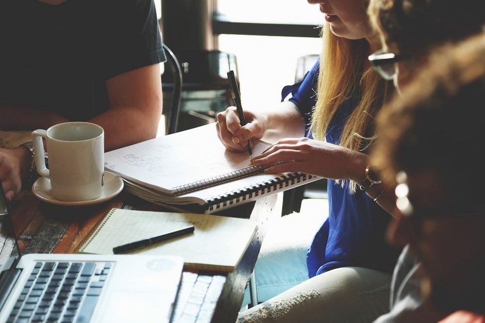 Einstieg in die Unternehmensberatung, Einstieg dhpg, Beratung, Unternehmensberatung, mittelständische Beratung, Beratungsunternehmen, Wirtschaftsprüfung