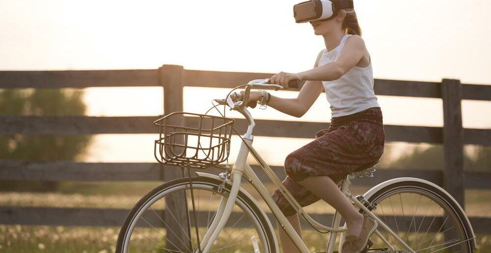Augmented Reality, Bike, Girl
